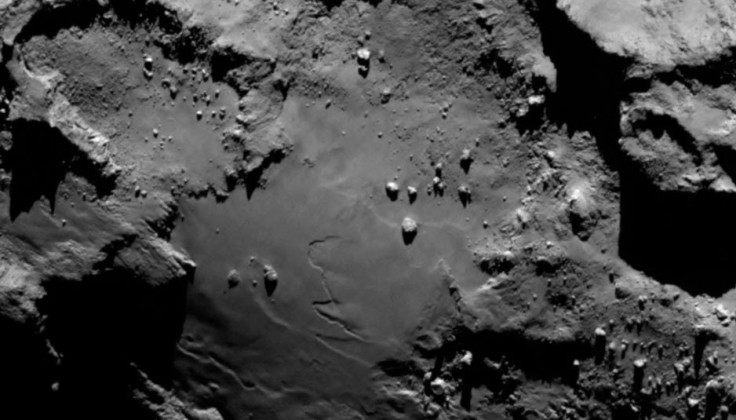 ESA Rosetta over Comet, Close-up Engineering - Credits: esa.int