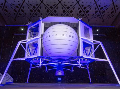 lander Blue moon