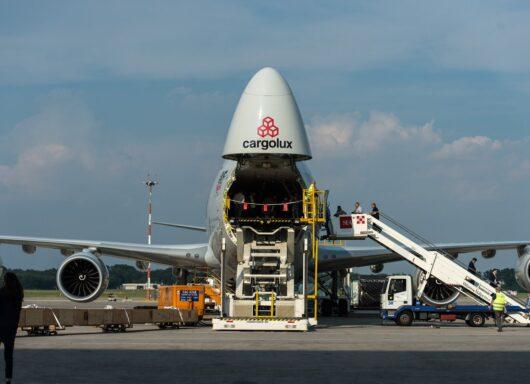 Covid-19 e acquisti online: la sfida tra compagnie aeree e pandemia