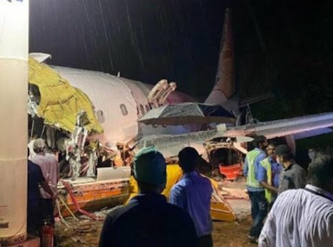 schianto boeing 737 india