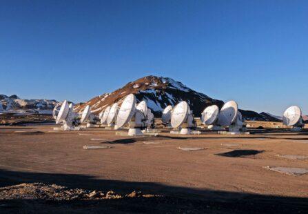 ALMA, il telescopio che indaga sull'Universo dalle Ande cilene
