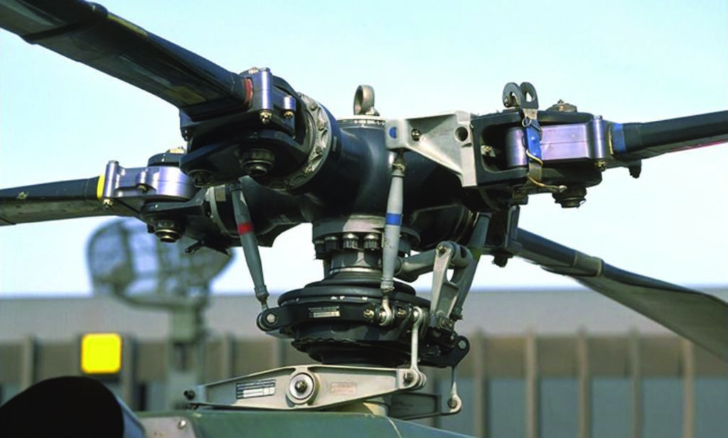 Esempio di elicottero con rotore rigido. Crediti: Helycopter Flying Handbook, Federal Aviation Administration.
