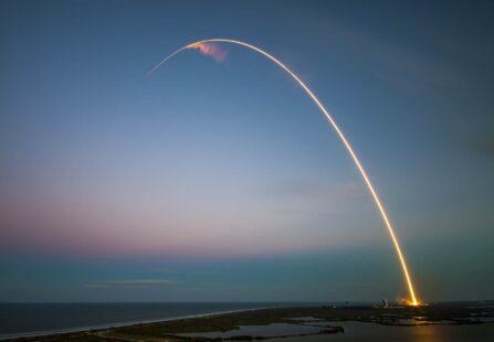 Traiettorie balistiche e volo suborbitale: quando le orbite incrociano la superficie terrestre