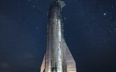 Le torri di lancio di SpaceX cattureranno i booster durante l'atterraggio