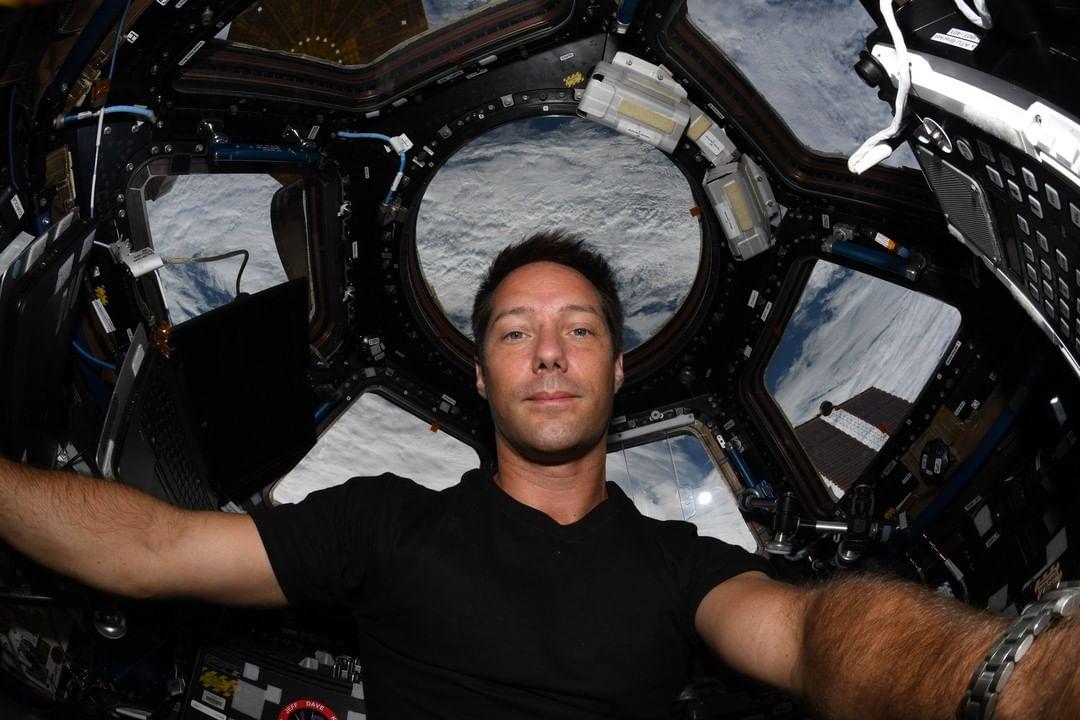 Thomas Pesquet a bordo della ISS.