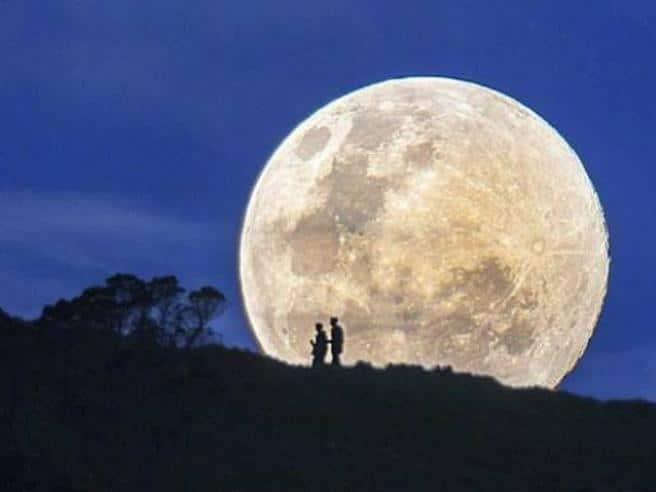 luna fragola superluna