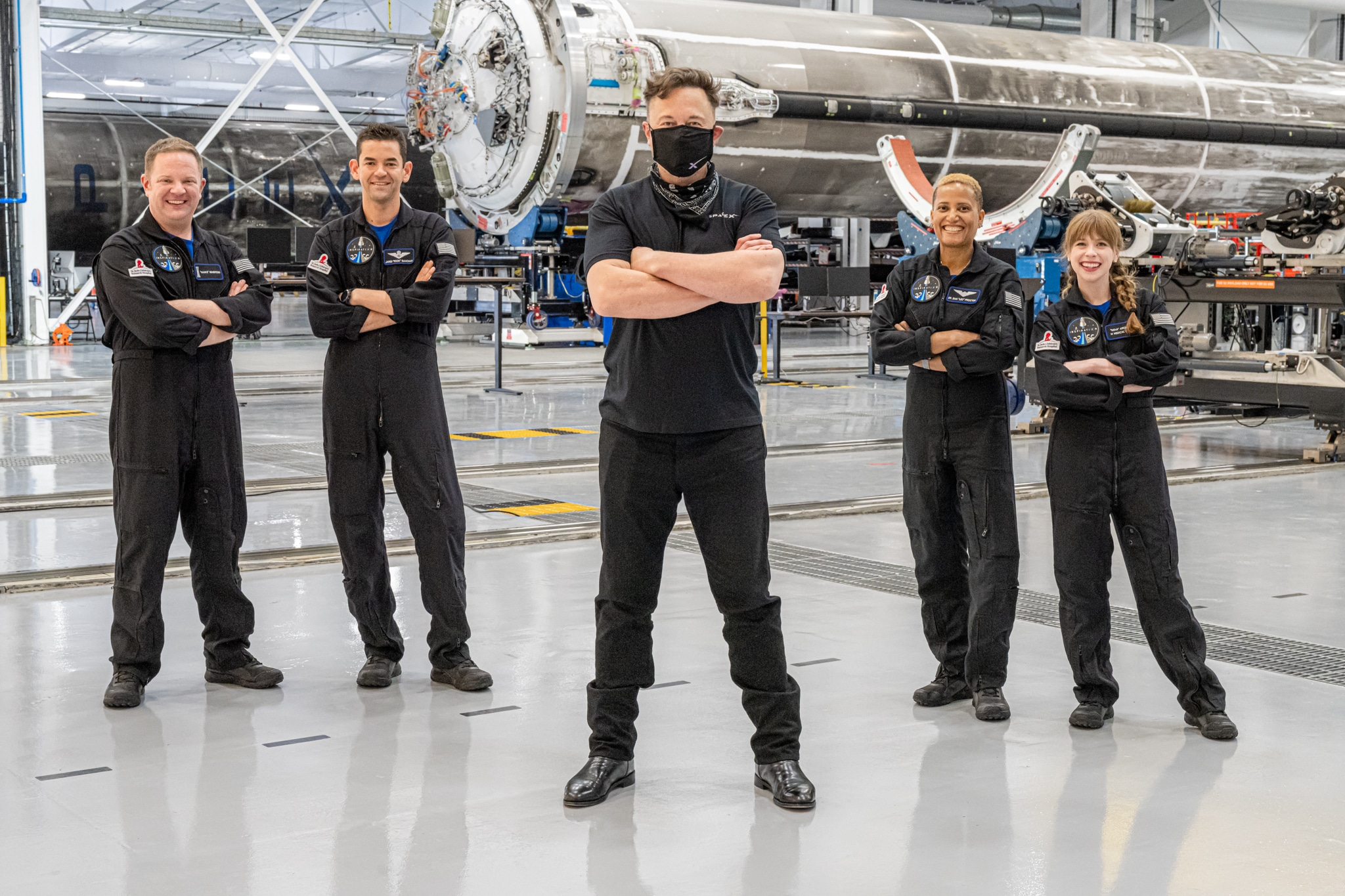 L'equipaggio di Inspiration4 con Elon Musk. Crediti: Inspiration4 / John Kraus