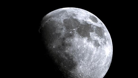 Il satellite naturale del nostro pianeta, Luna.