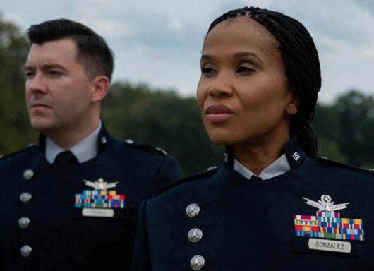 La nuova uniforme della Space Force si ispira ai più famosi sci-fi